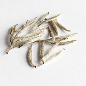 white_tea_-_silver_needle_yin_zhen